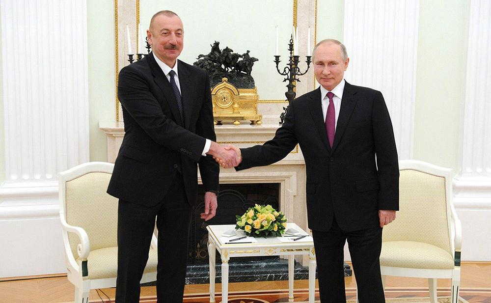 Azerbaijani President Ilham Aliyev (left) and Russian President Vladimir Putin. Credit: Russian Look Ltd. / Alamy Stock Photo